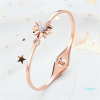 Net red hot little titanium steel bracelet with drill opening Fashion rose gold Little Daisy Bracelet