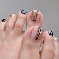 Yanlış Çiviler 24 Adet / Kutu Altın Kare Kafa Toes DIY Ayrılabilir Sahte Tam Kapak Tutkal Kadın Moda Ile Akrilik Tırnak İpuçları