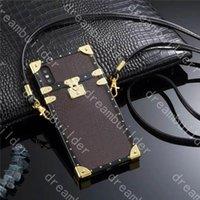 Casos de telefone de moda de alta qualidade para iphone 12 13 pro máx 11 7 8 mais x xs xr xsmax plutos case de couro designer cashholder com cordão