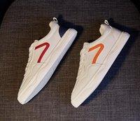 # 4562 Zapatillas de deporte ocasional de la zapatilla de la zapatilla de la zapatilla de la zapatilla de la zapatilla de la zapatilla de la zapatilla de la piel blanca del pantalón de la piel blanca de las zapatillas de cuero de la piel de las zapatillas de deporte del piso de las zapatillas de deporte al aire libre EU35-40 TT
