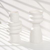 ベッドルームのための花瓶セラミックス花瓶シンプルなスタイリッシュな新鮮な新鮮なエレガントな家具