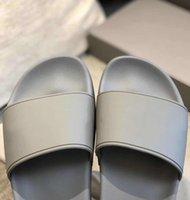 المصممين العلامة التجارية المصدمات العلامة التجارية الصنادل رجالي إمرأة الصيف شاطئ الشريحة النعال الراحة الوجه يتخبط الأحذية الجلدية واسعة للجنسين مع مربع