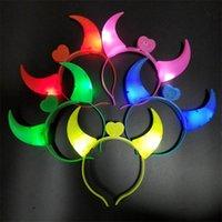 LED Rave Oyuncak Şeytan Boynuz Işık Up Kafa Yanıp Sönen Boynuz Cadılar Bayramı Noel Partisi Dekor Glitter Şapkalar 4674 Q2