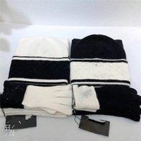 Hohe qualität Klassische Gitter Winter Hüte Designer Knochenkappe Herren Frauen Paar Schal Hut Zweiteiler Anzug Schal Caps Männer Schals Sets01