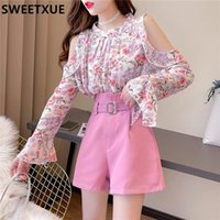 Women's Tracksuits SWEETXUE Lady 2021 Spring Sweet Off-Shoulder Floral Chiffon Flared Sleeve Top +High-Waist Wide-Leg Shorts Set With Belt T