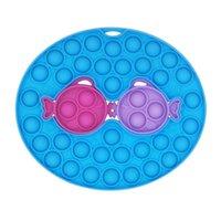Détachable Fidget Poussez des jouets à bulles Anti-stress Board de décompression Kiss Fish Doigt Jouet Touche Thamble rond Arc carré Formes DHE8798