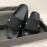 París Diseñador de lujo Sandalias Sandalias Slides Slides Foam Runner Hombre Mujeres Verano Playa Slippers Ladies Flip Flobers Mocasines Black Outdoor Home Chaussure Shoes con caja