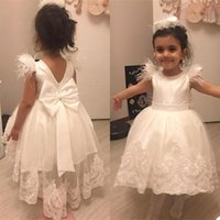 Beautiful Lovely Lace Ball Gown Flower Girls Dresses For Wedding Applique Beads Feather Ankle Length Bow First Communion Birthday Dress