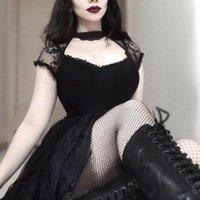 Розтичная готика кружева сексуальная футболка женщины 2021 летняя мода гот футболки повседневные винтажные короткие вершины сетки тонкой черной футболки женщины