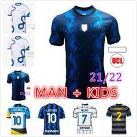 Inter 2021 2022 كرة القدم الفانيلة Lukaku ميلان فيدال Barella Lautaro Eriksen Alexis Hakimi 20 21 22 كرة القدم قميص الزي الرجال + أطفال كيت الثالثة