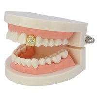 18K Gold Plated Copper Teeth Braces Punk Hip Hop Diamond Single Dental Mouth Fang Fake Grills Tooth Cap Cosplay Rapper Jewelry 272 Q2