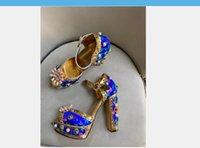 Sandalias de mujer vintage con bordado Zapatos de boda Peep-Toe Neon Blue Gladiador Romano Tacones altos Romano Plataforma Bombas Bombas Chunky Heel