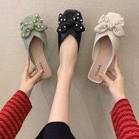 غطاء تو الأحذية المسطحة الإناث النعال عارضة البغال للنساء 2021 انخفاض الشرائح كعب مربع بانتوف فراشة عقدة فاخرة لينة