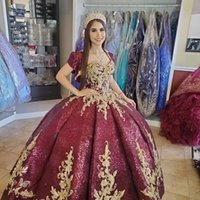 Burgundy Quinceanera Dresses 2022 with Jacket Sparkly Sequins Applique Beaded Crystals Corset Back Sweetheart Floor Length Prom Sweet 16 Ball Gown vestidos