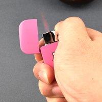 Nouveau Creative Pink Flame Torch Portable Portable Metal Turbo Butane Briquet de gaz de Butane Portable Plein-Énéortisseur Cigarette mignonne pour les filles
