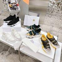 2021 Son Otantik D-Wander Koşu Ayakkabıları Sneakers Erkekler Açık Beyaz Gri Mor ORE TPU RB PU Sneaker