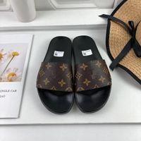 Erkekler Kadınlar Terlik Moda Tasarımcılar Düz Slaytlar Çevirme Yaz Açık Loafer'lar Banyo Ayakkabı Beachwear Terlik Orijinal Kutusu ile Top_Shoes_Factory