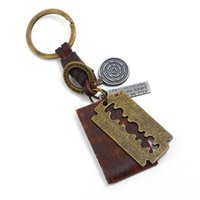 Keychains Wholesale Vintage Promotion Gifts Handmade Leather Key Ring DIY Personal Jewelry Accessory Bag Charm