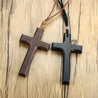 Colares do pendente Cruz de madeira do vintage Crucifix para homens mulheres cristã presentes jóias com corrente de corda 90cm