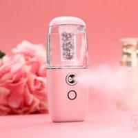 MINI Humidificateur portable Voiture Diffuseurs d'air ultrasonique Diffuseurs à ultrasons avec des particules d'ions négatifs Utilisation rechargeable Humidificateurs