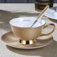 Xiangjia Bone China Coffee Coffe Coff Coffeet que representa el plato de cerámica europeo de estilo europeo creativo