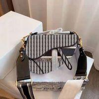 Luxe 3a célèbre marque de marque dames sac rétro de haute qualité sac de messager sac à main Star Star Celebrity Inspiration Broderie Sac à bandoulière