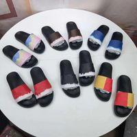 2021 hombres zapatillas de cuero real de la alta calidad de las mujeres diseñadoras de las sandalias de las sandalias de lujo con el tamaño de la caja 35-46