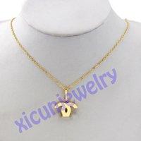 Charms Kanal Buchstaben Halskette vergoldete Halsketten Kristall Diamant Anhänger Clavicle-Kette für Frauen öffnen sich als c
