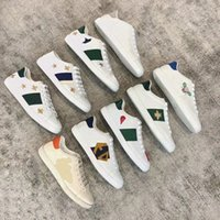 2021 Designer Hommes Femmes Sneaker Fashion Chaussures Casual Chaussures Snake Chaussures Cuir Sneakers Ace Bee Broderie Stripes Chaussure Marche Hommes Sports Trainers Tiger