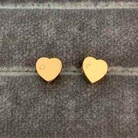 2021 Yüksek Cilalı Klasik Stil Logosu Baskılı Çiviler Küçük Boyutu Altın Kaplama Tasarımcı Küpe Paslanmaz Çelik Küpe Kadınlar Için Takı Toptan