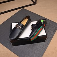 Summer Hommes Chaussures Casual Luxe Marques Véritable Cuir Véritable Moifers Mocassins Mocassins Italien Respirant Slip sur Bateau Chaussures Taille 45