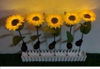 1 / 2pcs LED Solar Sunflower Lumière de jardin imperméable à l'étanche PATH Decoration Lampe de pelouse de la rue