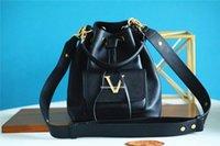 أعلى m57687 أزياء المرأة lockme دلو حقيبة الصليب الجسم حقائب الكتف سيدة حمل سلسلة حقائب محفظة رسول التسوق اليد حقيبة يد جيب M57688 M57689