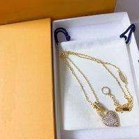 Mujeres diseñadores colgantes collares cristal corazón collar aniversario regalo moda colgantes joyería 2 estilos con caja