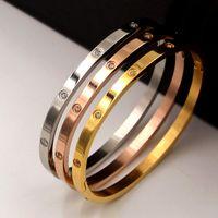 2021 Bangle di modo Braccialetti 4mm argento sottile braccialetti classici per le donne uomini tititanium bracciali amanti gioielli gioielli di nozze regali di Natale braccialetto 16-19 cm