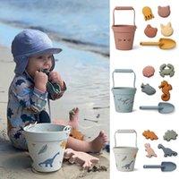 Brinquedos de praia de crianças 6 pcs kit bebê verão escavar ferramenta de areia com pá jogo de água jogar ao ar livre brinquedo conjunto de areia para meninos meninas