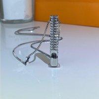 Collana in metallo di qualità in acciaio in titanio per fischio diamante ad alta moda a catena di moda lato dito coppia sqxkx