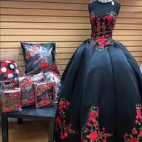 Sexy Black and Red 3D Floral Flowers 2022 Quinceanera Prom Dresses Princess Charro Sweetheart Ruffles Satin Beaded Corset XV Evening party dress Vestidos 15 Anos
