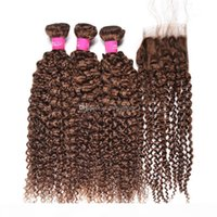 Afro Kinky Curl Cheveux bruns tisse avec fermeture en dentelle 4 # brun moyen kinky bouclée trois parties en dentelle fermeture avec des paquets