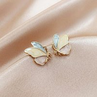 Linda fina mariposa S925 Aguja Pendientes de perno para mujer Diseñador Creatividad Joyería de lujo Accesorios estereoscópicos Partido