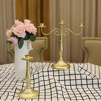 Antiguos candelabros de oro retro grandes grandes altos de bronce de bronce de boda candelabros vintage metal cena romántica candelabros