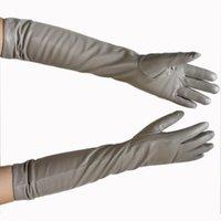 Cinq doigts Gants Bickmods Cuir de couleur Femme Cuir à la mode de style droit à la mode Doublure de velours pour rester au chaud en hiver