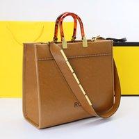 도매 럭셔리 디자이너 핸드백 어깨 가방 고품질 쇼핑백 가죽 소재 앰버 더블 핸들 대용량 편지 장식 토트