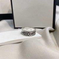 Дизайнерские влюбленные винтовые кольца Мужские кольца Классические роскоши дизайн ювелирные изделия женские титановые стальные сплавы позолоченные золотые серебряные розы никогда не исчезают не аллергически