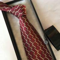 Mens Designer Corbatas Necktie letra g Stripes Plaid Moda de Lujo Ocio Ocio Lazo de Seda Cravat con Caja Sapeee