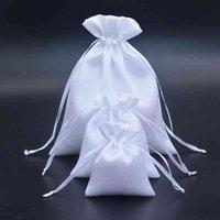 Bianco Raso con coulisse Regalo S Pettine / Capelli / Caramelle / Gioielli / Collana / Anelli / Anelli / Perline Imballaggio Panno di seta Borsa da viaggio Sacchetto di viaggio 300pcs