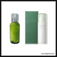 Stock le sérum hydratant revitalisant 30 ml de la peau de soin de la peau d'essence concentré hydratant molle 50ml