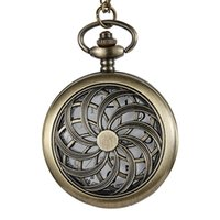 Pocket Watches Vintage Hollow Watch Quartz Arabic Numerals Display Bronze FOB Chain Necklace Pendants Flip Clock
