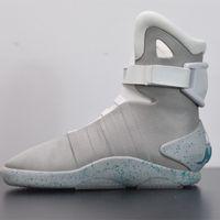 미래로 돌아 가기 남성 신발 자동 신발 끈이 아닙니다.