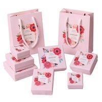 ضوء الوردي اللون حلقة القرط صناديق المجوهرات الإبداعية غطاء وصينية الحالات حلقة القرط مجوهرات عرض قلادة حزمة مربع
